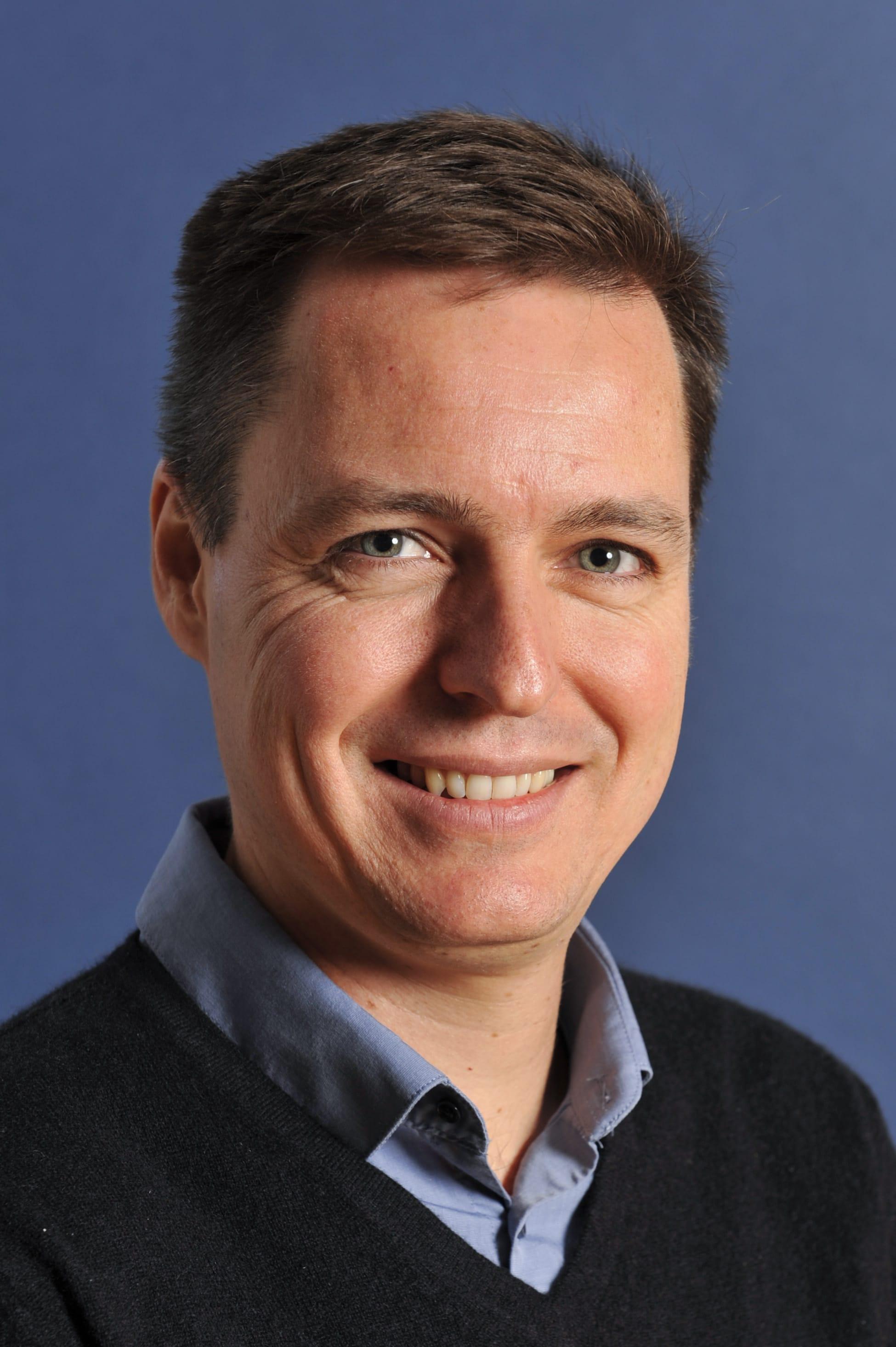 Dr. Nicolas BREMOND